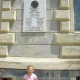 Boldog Apor Vilmos szülőházánál